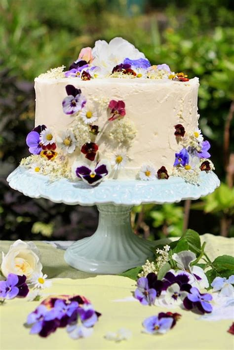 edible flowers wedding ideas  spring summer