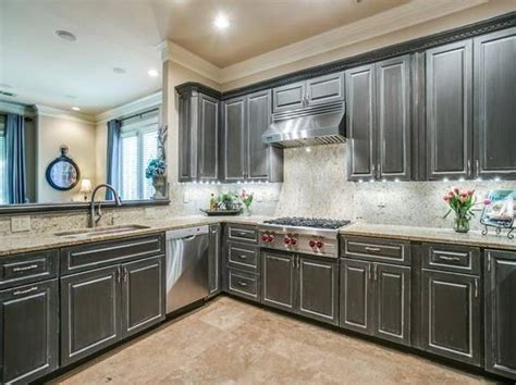 kitchens with floors luxurious drexel park hollow condo is sized just right 6615