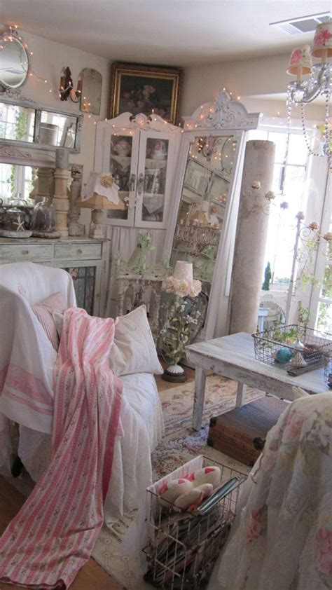 shabby chic cottage ideas best 25 shabby cottage ideas on pinterest shabby chic beach cottage chic and shabby chic cottage
