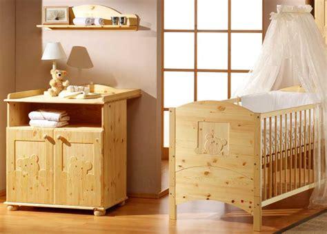 chambre bébé bois massif commode bebe bois massif