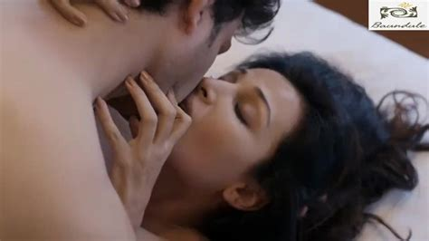 Flora Saini And Manish Bold Scenes In Wanna Have A Good Time