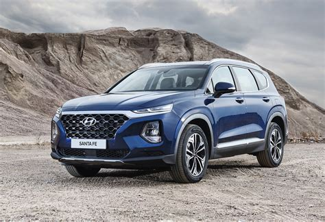 Hyundai 2019 : 2019 Hyundai Santa Fe Unveiled, Gets New 8-spd Auto