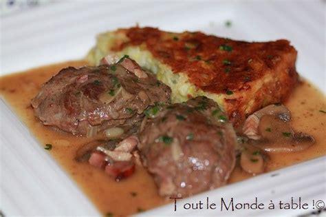 cuisiner les joues de porc joue de porc aux chignons tout le monde à table
