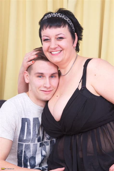 This Big Mama Loves Her Toy Boy Hard And Long At Mature