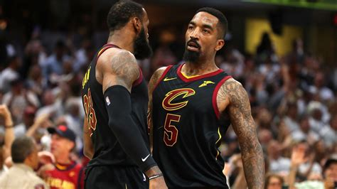 cavaliers jr smith  playing  lebron james