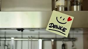 Filter Dunstabzugshaube Reinigen : dunstabzugshaube reinigen so befreist du den filter von fett ~ Eleganceandgraceweddings.com Haus und Dekorationen