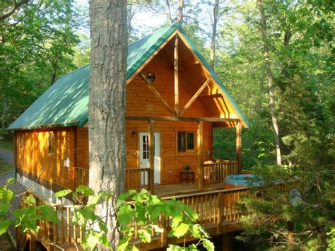 cabins in washington 11 cabins washington dc for a fall getaway