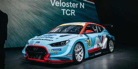 hp hyundai veloster  tcr factory backed race car