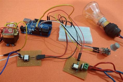 Light Dimmer Using Arduino Triac