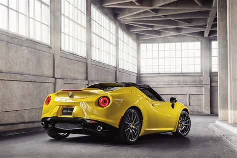 World Premiere Of All-new 2015 Alfa Romeo 4c Spider