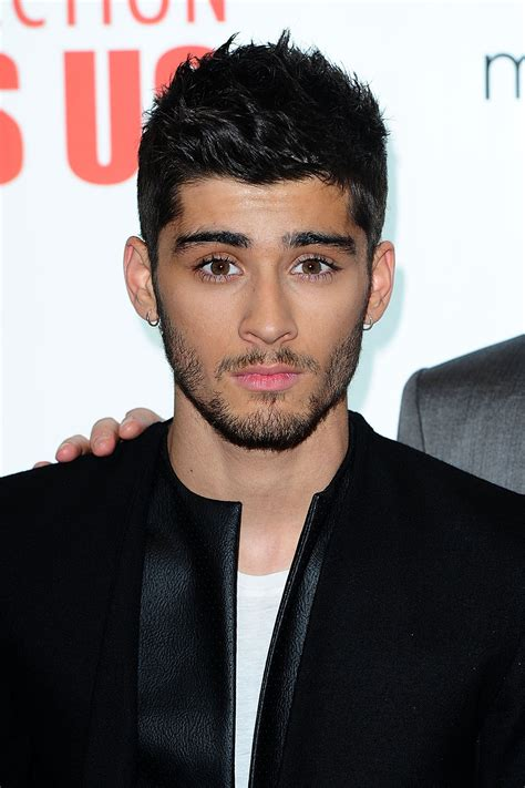 Zayn Malik Leaves One Direction Remembering Top Hair