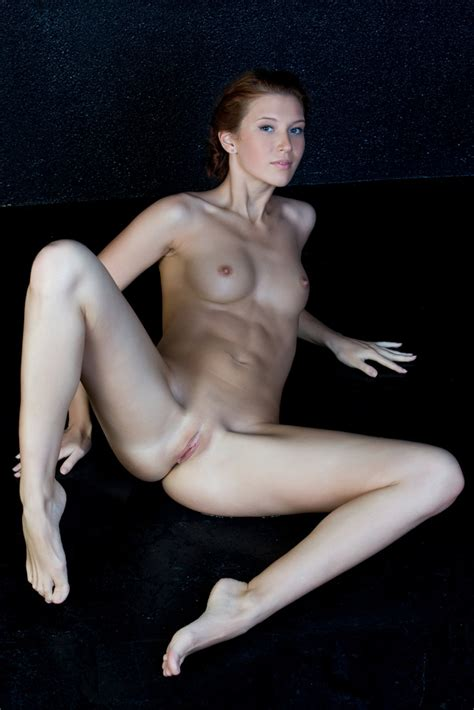 Skinny With Abs Muscular Babes Pictures Pictures