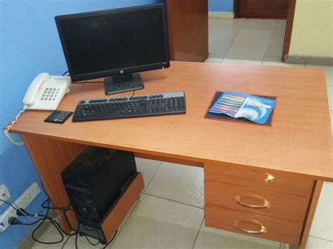 Office Desk Kenya by Office Table 60 By 100 By 70 Cm With Complete Desktop