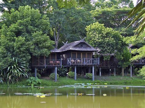 description chambre hotel lang river lodge lang thaïlande expedia fr