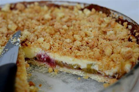 tarte rhubarbe cr 232 me anglaise crumble le dessert du dimanche