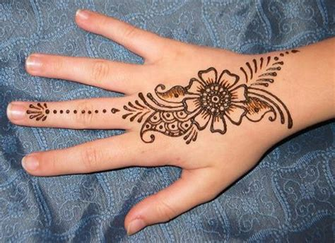 Simple Mehndi Designs For Girls 201516