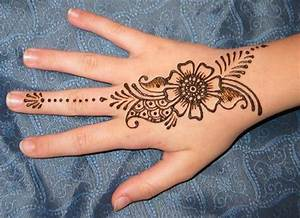 Simple Mehndi Designs Photos Picture HD Wallpapers | HD Walls