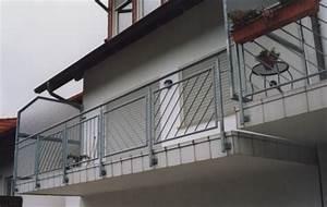 Sichtschutz Für Balkongeländer : gel nder balkongel nder feuerverzint mit seitlichem sichtschutz ohne treppe ~ Markanthonyermac.com Haus und Dekorationen
