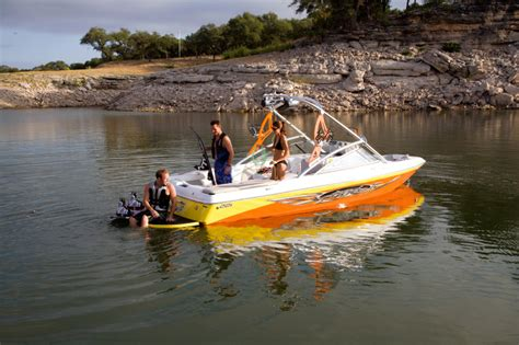 Tige Boat Windshield by Research Tige Boats 22i Ski And Wakeboard Boat On Iboats
