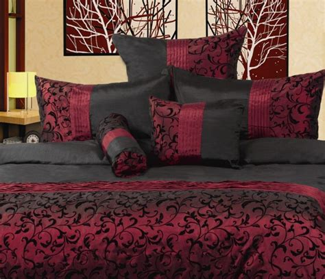 livingroom color schemes best 25 burgundy bedroom ideas on burgundy