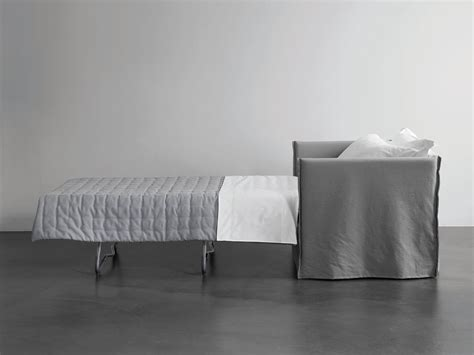 Fox Poltrona Letto By Meridiani