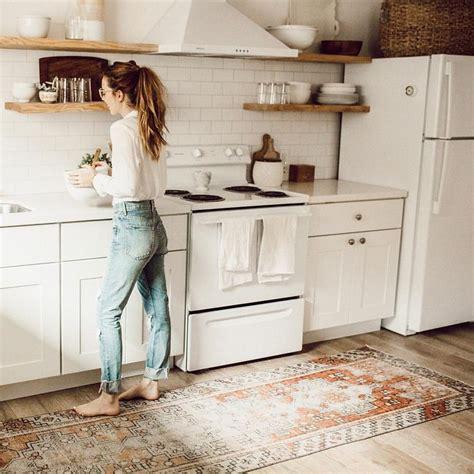kitchen floor runners rugs mutfak halısı nasıl olmalı topuklu haber 4815