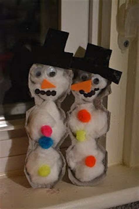 snowman arts and crafts 160 best egg crafts images on egg boxes 5448