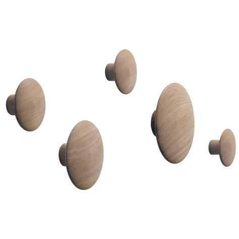 Wandhaken Dots by Wandhaken Quot The Dots Quot 5er Set Muuto Connox At