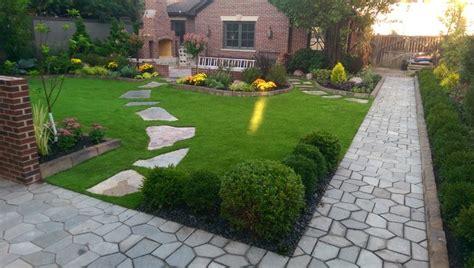 Suburban Backyard Landscaping Ideas by Suburban Backyard Artificial Turf Hardscape
