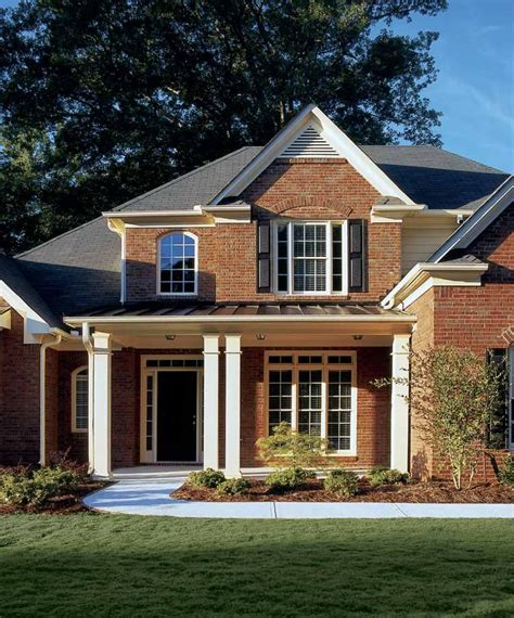 Traditional Style House Plan 4 Beds 3 Baths 2587 Sq/Ft