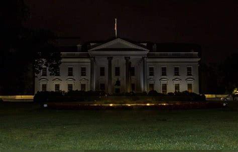 apagan las luces de la casa blanca