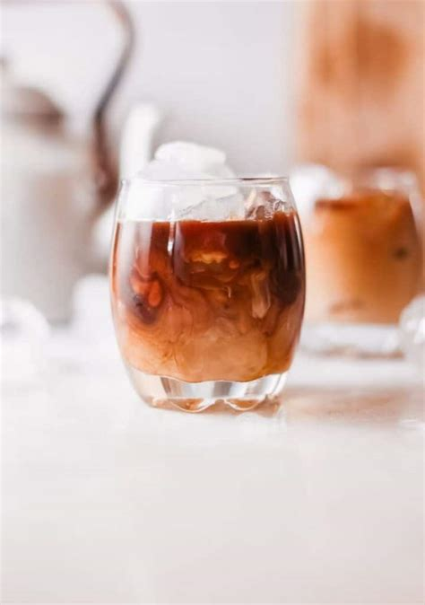 I have yet to find three white russian recipes in a row that agree on proportions. How to make a White Russian Drink At Home   Creators of Coffee