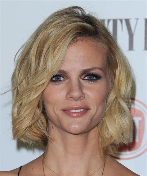 Brooklyn Decker Hairstyles for 2017   Celebrity Hairstyles