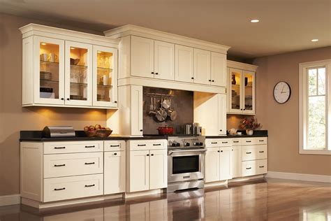 shenandoah kitchen cabinets colors shenandoah cabinetry in painted silk mission door with
