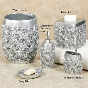 Silver bathroom decor 28 images mosaic silver bath for Gold and silver bathroom accessories