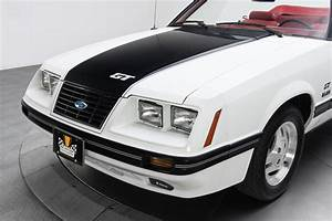 1984-ford-mustang-gt 290317 Low Res