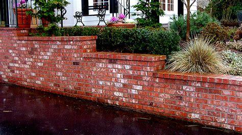 brick retaining wall rich masonry veneer