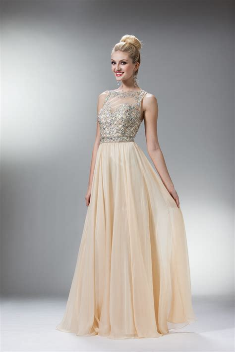 loveeee   Evening dresses vintage, Vintage style prom ...
