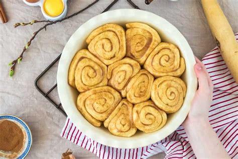 pan  cinnamon rolls alices kitchen