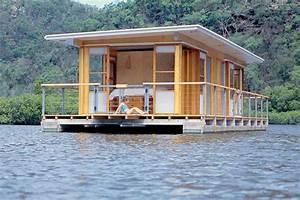 Kleine Häuser Auf Rädern : arkiboat modern tiny houseboat on pontoons boat floating house pinterest hausboote haus ~ Sanjose-hotels-ca.com Haus und Dekorationen