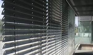 Store Vertical Exterieur Grande Dimension : store v nitien en aluminium v nilight 35 ou 50mm stores v nitiens soliso europe ~ Melissatoandfro.com Idées de Décoration