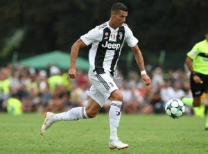 Head to head statistics and prediction, goals, past matches, actual form for serie a. Prediksi Bola Juventus Vs Sassuolo 16 September 2018 - Nejazz