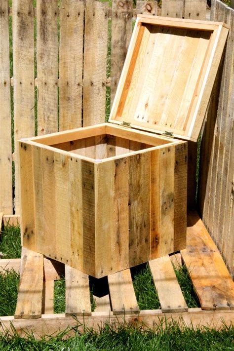 Lada Doccia 25 best ideas about wood storage box on craft