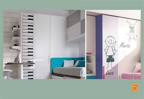 stickers adesivi murali  decorare camerette da bambini