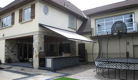 Vernon Retractable-awnings-image 1