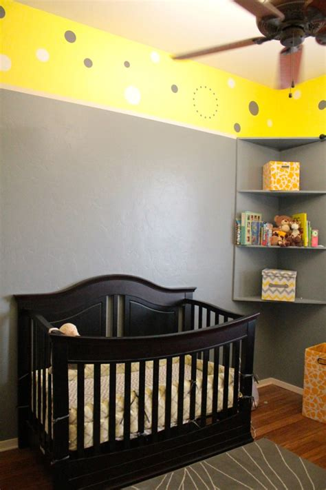 yellow  gray nursery  giraffes project nursery