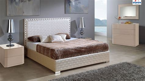 Bedroom Sets Design Galleries by Made In Spain Leather Contemporary Platform Bedroom Sets
