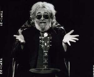 Jerry Garcia's 2-Week Acoustic & Electric Broadway ...