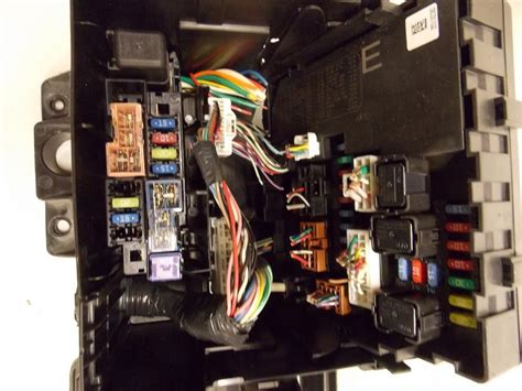 Nissan Frontier Fuse Box by 10 12 Nissan Frontier 4 0l V6 Mpi Relay Fuse