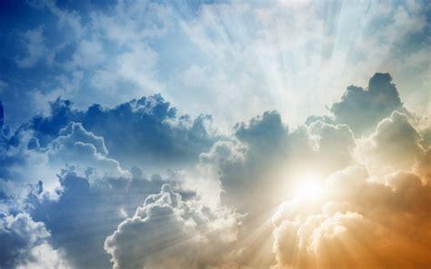 gambar awan pagi hari
